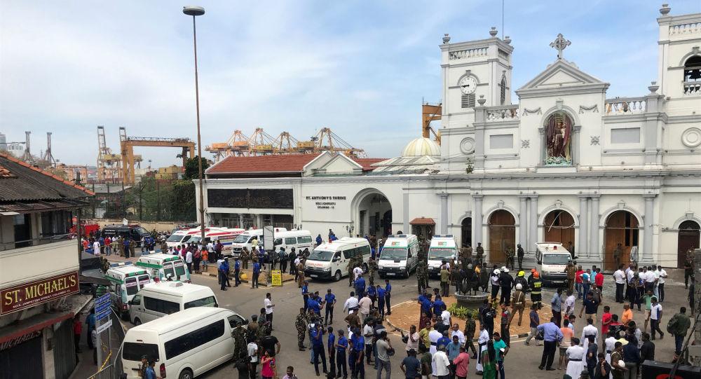 Militares cerca de la iglesia de San Antonio de Kochchikade en Colombo, Sri Lanka