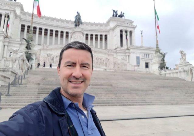 Cayo Julio César Mussolini