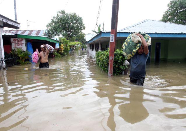Inundación en Indonesia