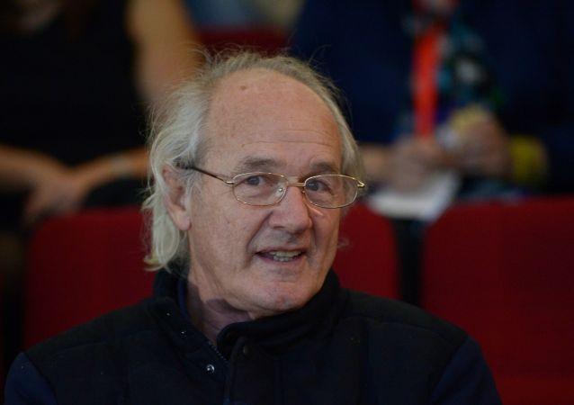 John Shipton, padre de Julian Assange (archivo)