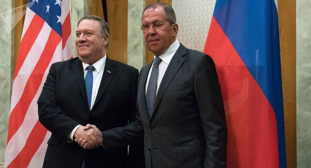 Pompeo y Lavrov le apuestan a mejorar las relaciones bilaterales