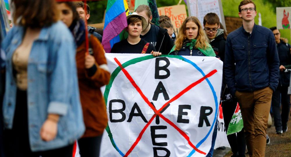 Protesta contra la empresa Bayer