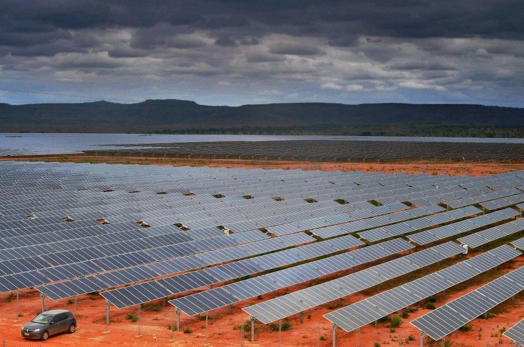 Parque fotovoltaico en Pirapora, Minas Gerais, el más grande de Brasil