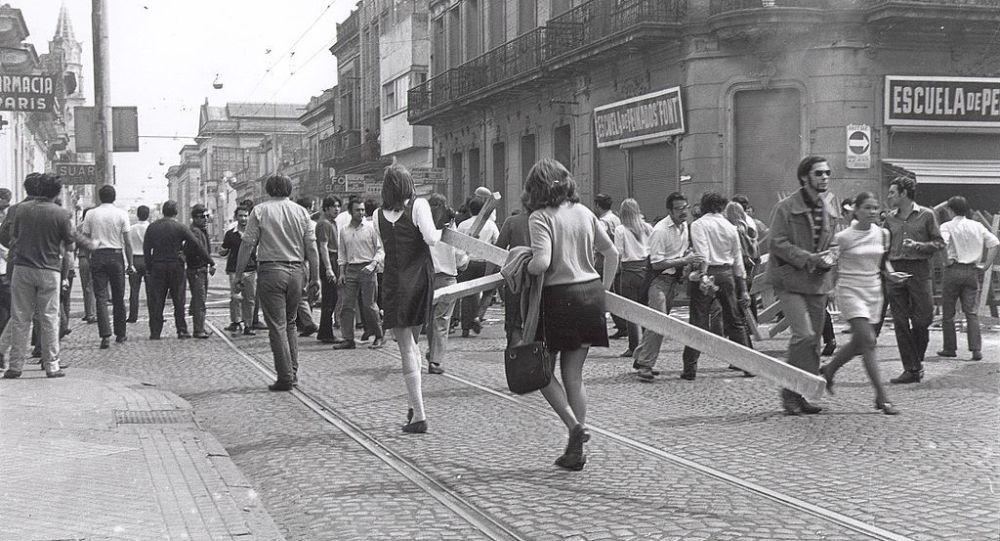 Fotografía de la revuelta popular conocida como Rosariazo, en 1969