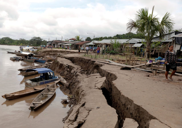 Las consecuencias del terremoto en Perú (Archivo)