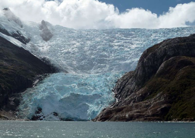 Glaciar en el Canal Beagle