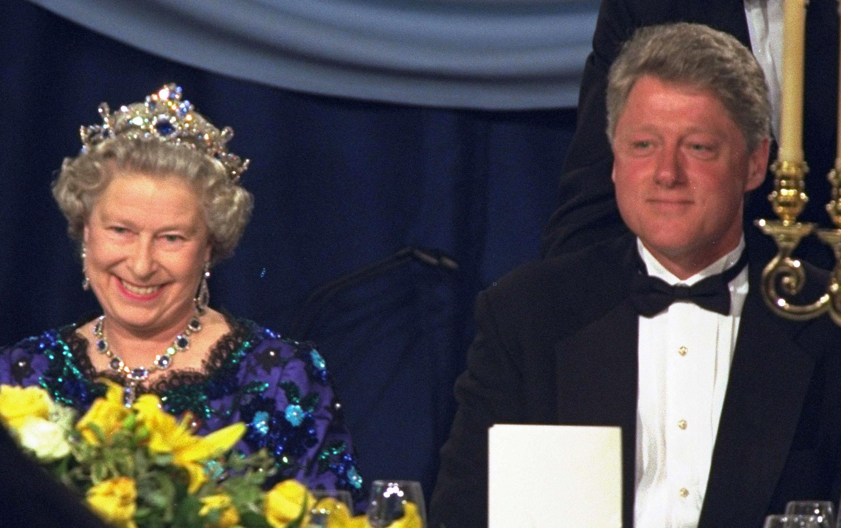 La reina Isabel II y el presidente de EEUU, Bill Clinton, en 1994