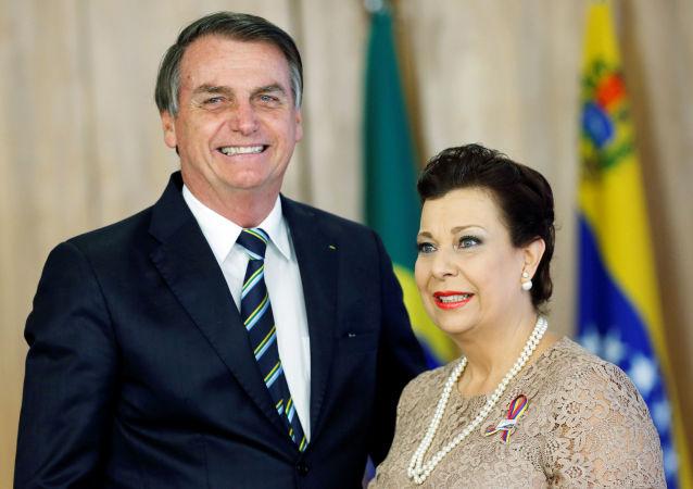 El presidente de Brasil, Jair Bolsonaro, reconoció oficialmente como embajadora de Venezuela a María Teresa Belandria