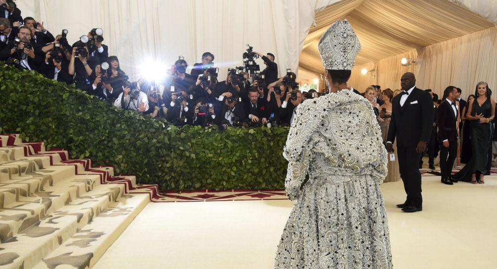 Rihanna es la cantante más rica del mundo, según Forbes