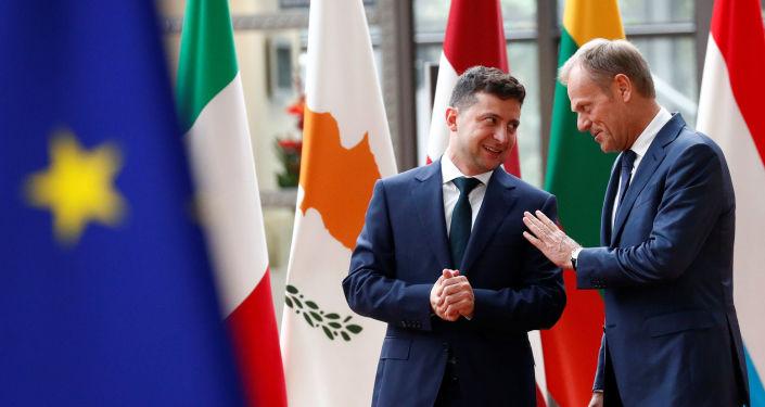 El líder ucraniano, Volodímir Zelenski, y el presidente del Consejo Europeo, Donald Tusk