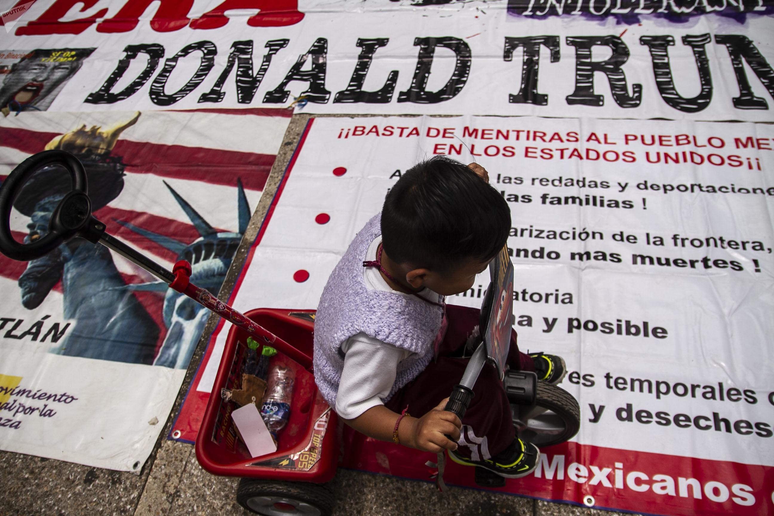 Donald Trump anuncia acuerdo sobre inmigración con México y suspende aranceles
