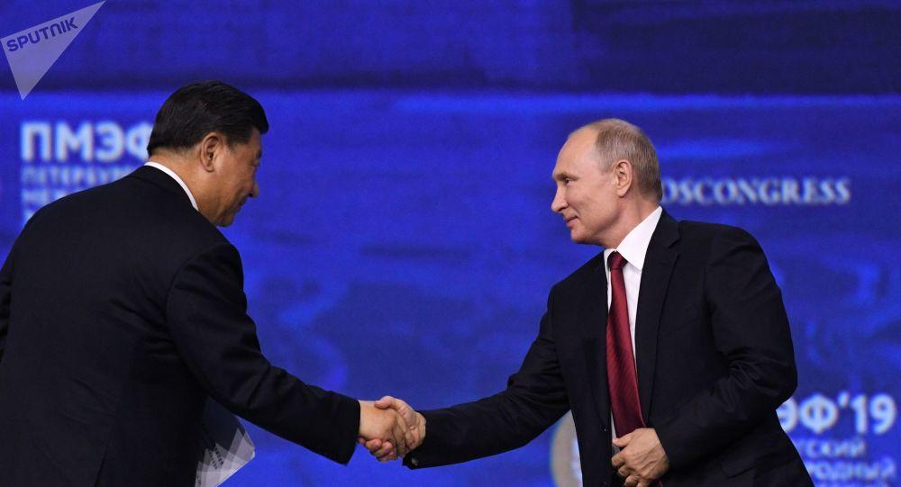 El presidente de China, Xi Jinping, y el presidente de Rusia, Vladímir Putin