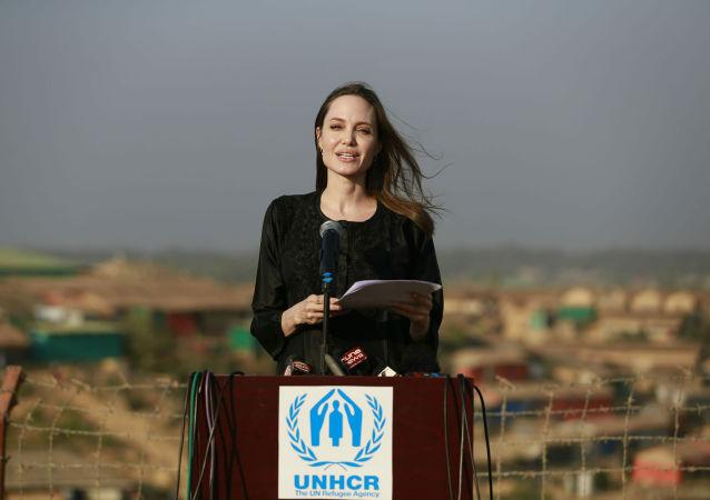 Angelina Jolie, actriz y activista estadounidense