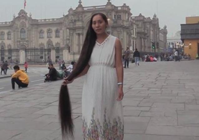 Noemí Elizabeth Romero Huamán, la 'Rapunzel peruana'