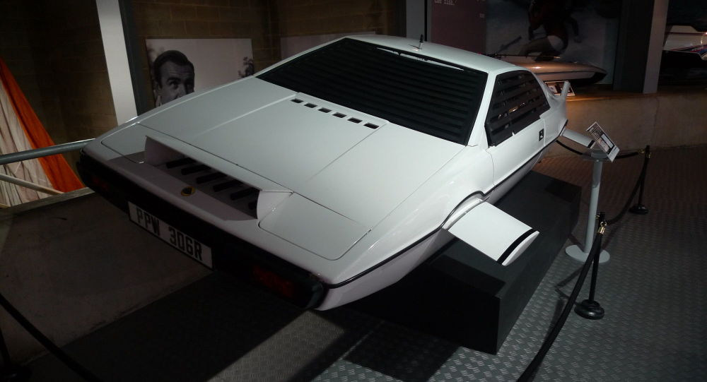 El coche submarino Lotus Esprit de James Bond