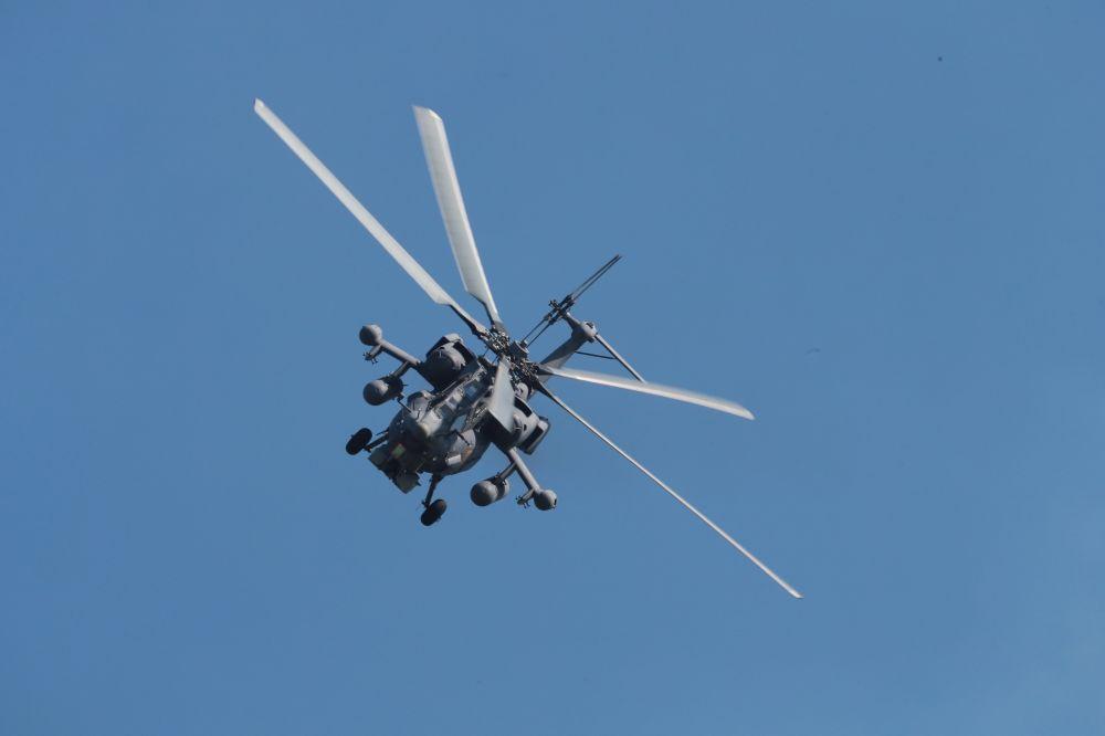 El Mi-28N, es la más moderna modificación del helicóptero de asalto más conocido por su sobrenombre 'Cazador nocturno'