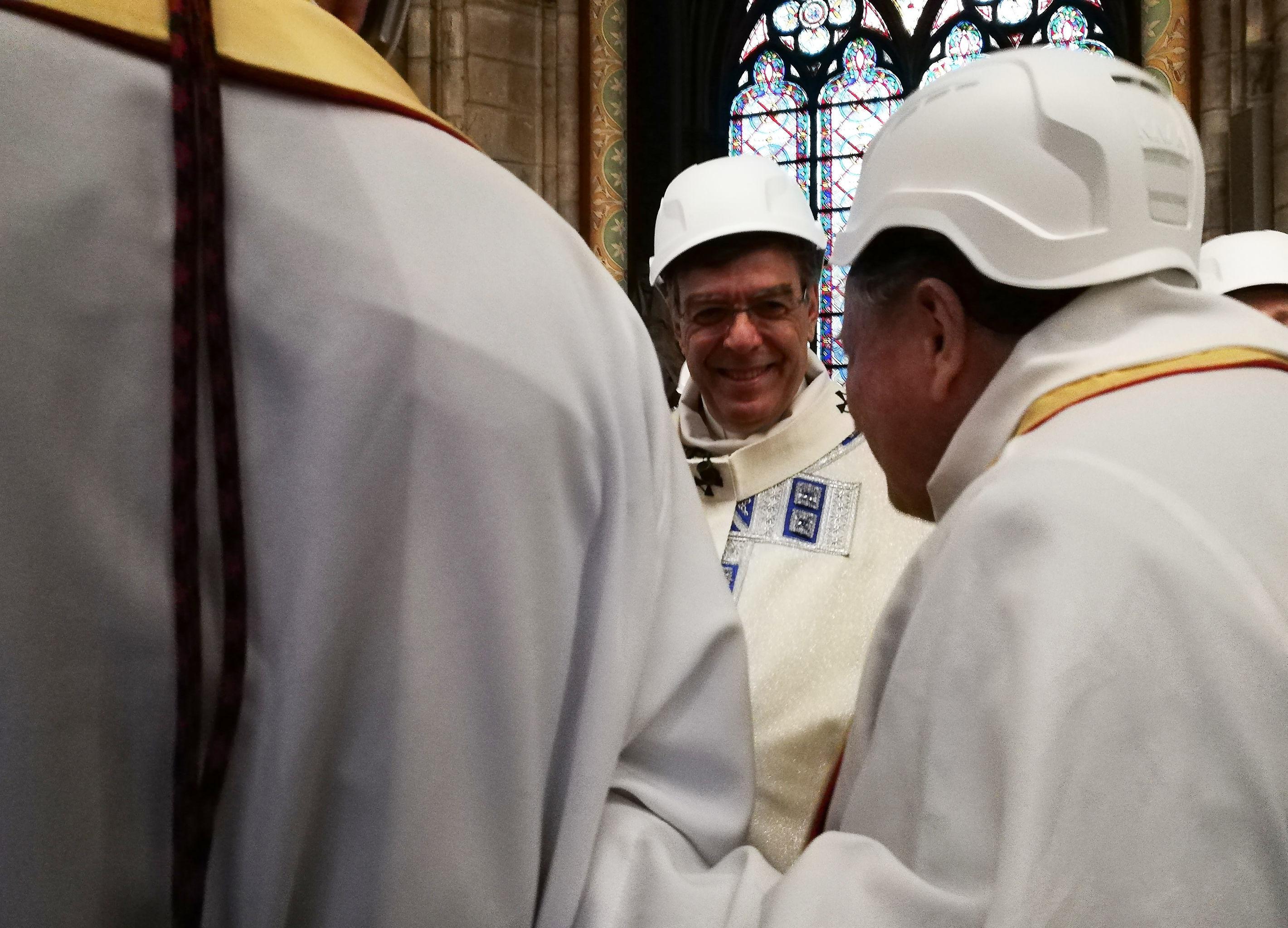 Una misa en la catredral de Notre Dame