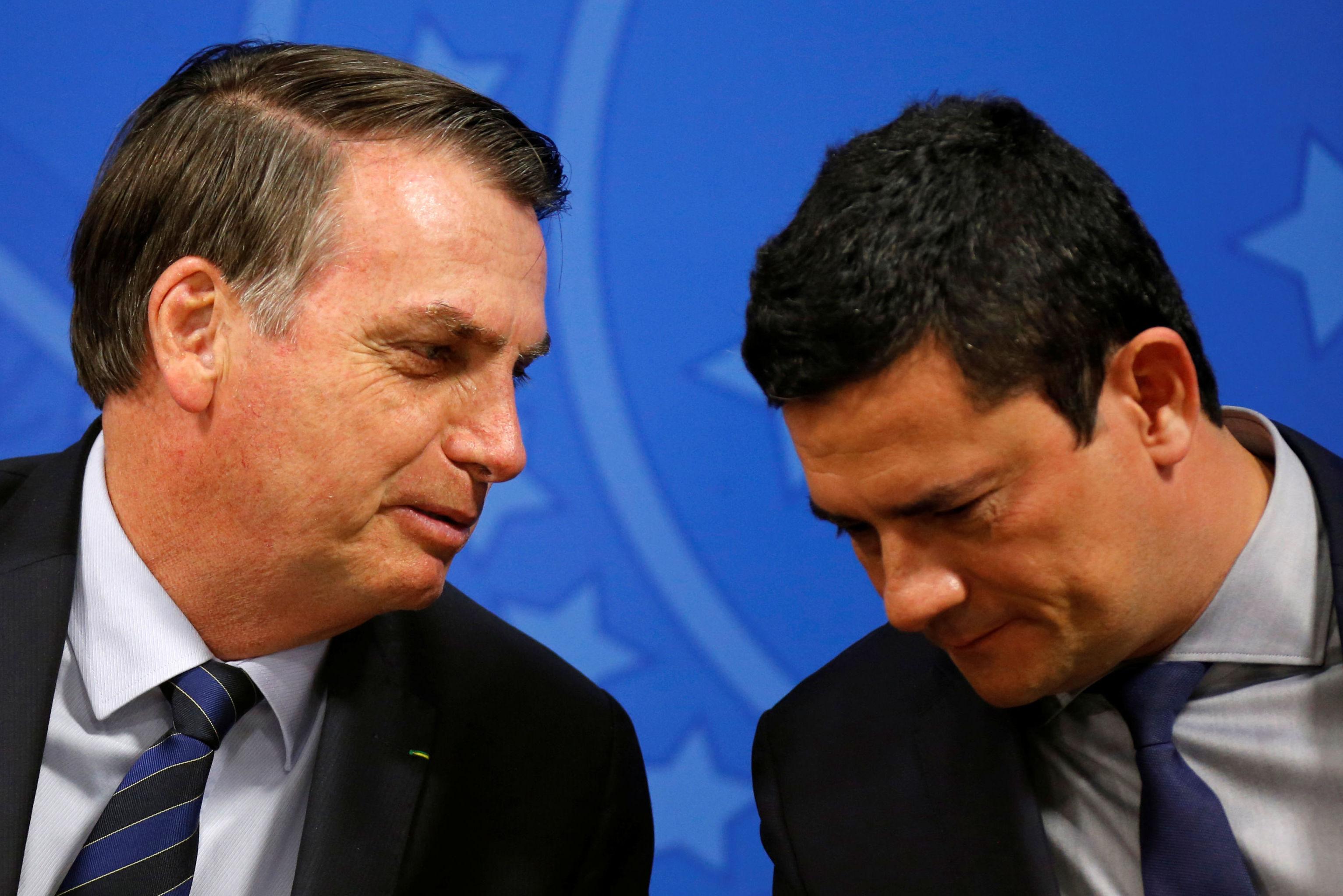 El presidente brasileño, Jair Bolsonaro, y el ministro de Justicia de Brasil el juez Sérgio Moro