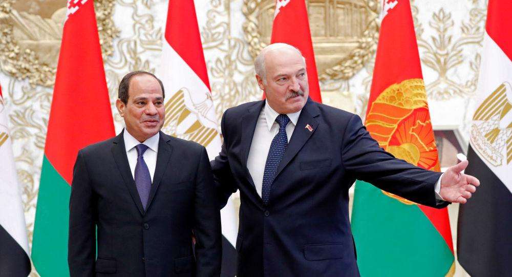 El presidente egipcio, Abdelfatah Sisi, y el presidente bielorruso, Alexandr Lukashenko