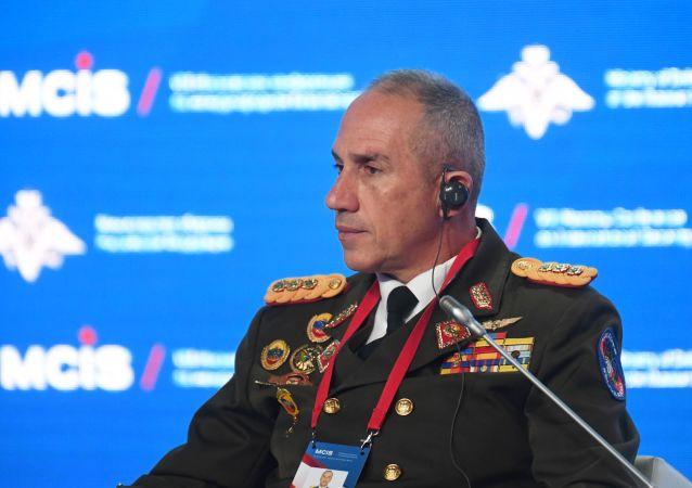 El secretario general del Consejo de Defensa de la Nación de Venezuela, Pascualino Angiolillo Fernández