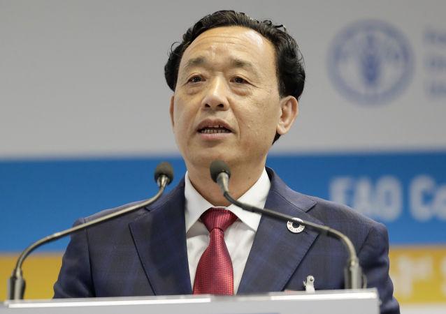 Qu Dongyu, viceministro de Agricultura y Asuntos Rurales de China