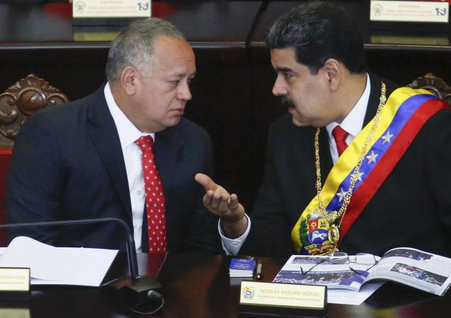 Diosdado Cabello, presidente de la Asamblea Nacional Constituyente de Venezuela, y Nicolás Maduro, presidente de Venezuela