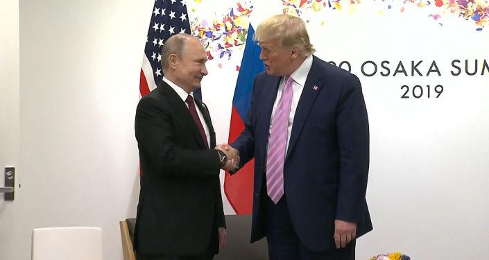 Entre risas y palmadas: así comenzó la cumbre del G20 en Osaka para Putin y Trump