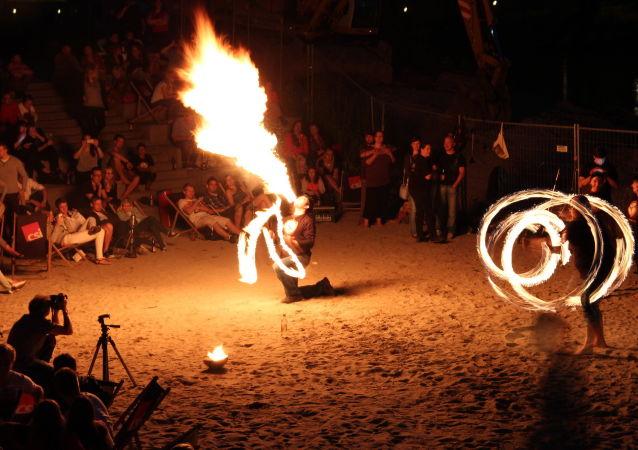 Un festival de fuego (imagen referencial)