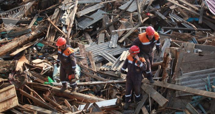Consecuencias de las inundaciones en la región rusa de Irkutsk