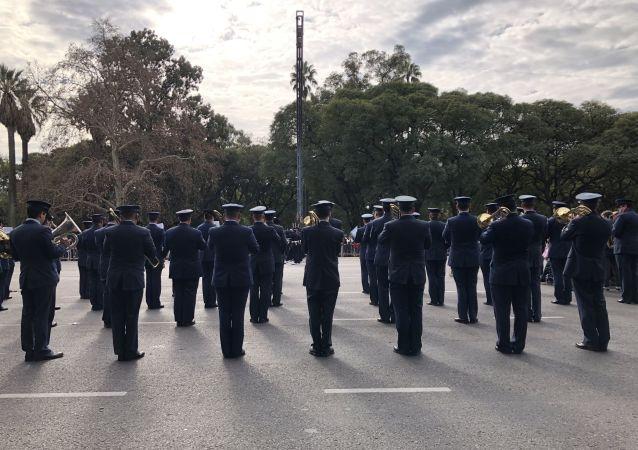 Desfile militar en Argentina por el Día de la Independencia