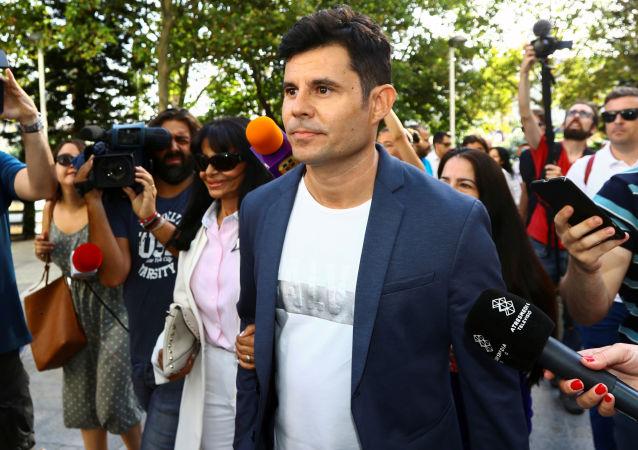 Javier Sánchez Santos, hijo de Julio Iglesias