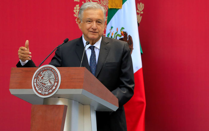 López Obrador reafirma su disposición a contribuir a una solución pacífica en Venezuela