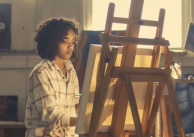 Una pintora, imagen referencial