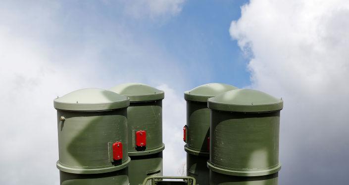 El sistema de defensa antimisiles ruso S-400