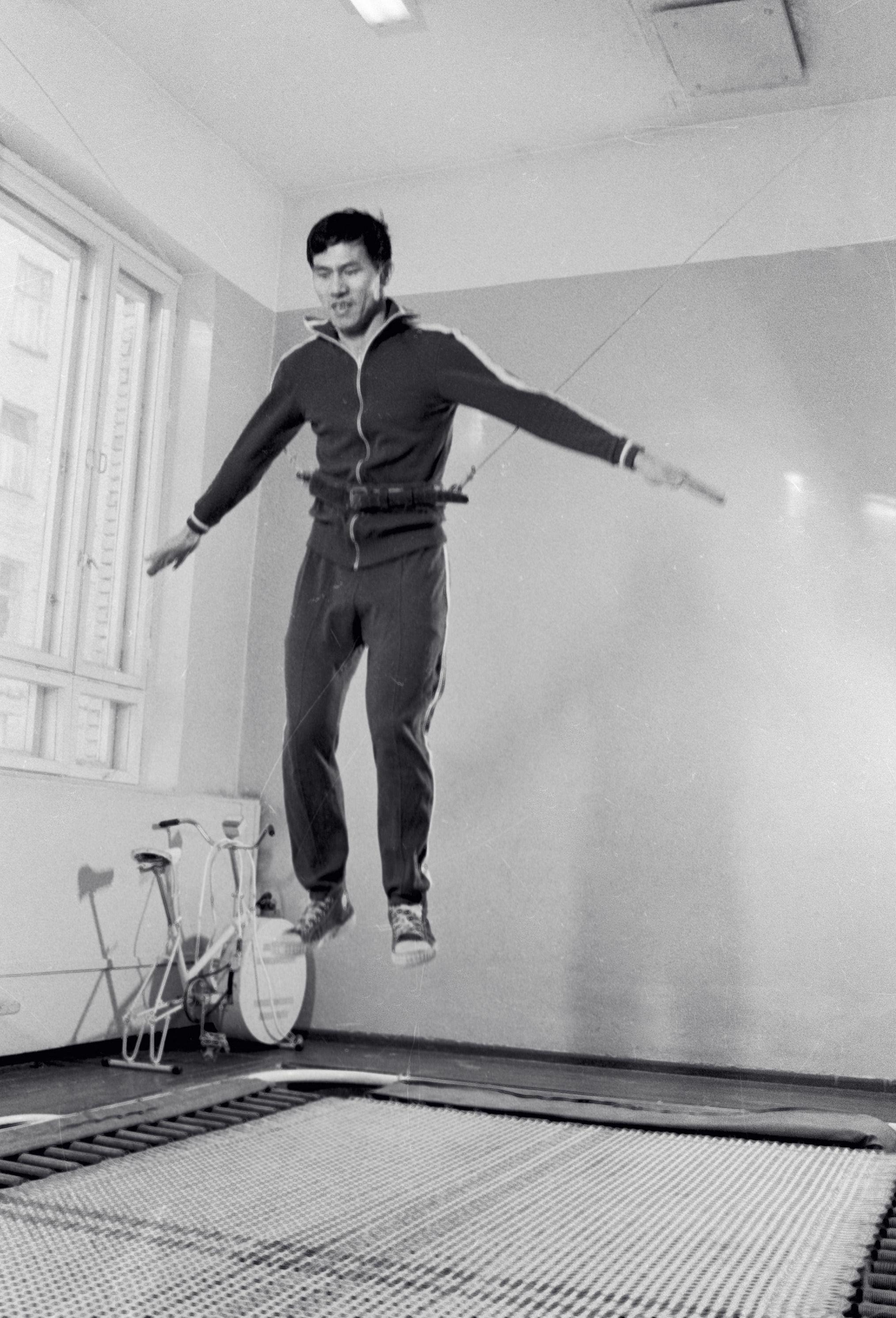 El cosmonauta vietnamita Pham Tuan durante su entrenamiento en la Ciudad Estelar de Rusia