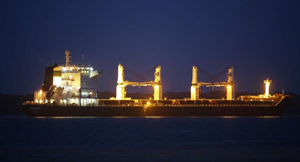 Irán amenaza a Brasil por buques fondeados sin combustible