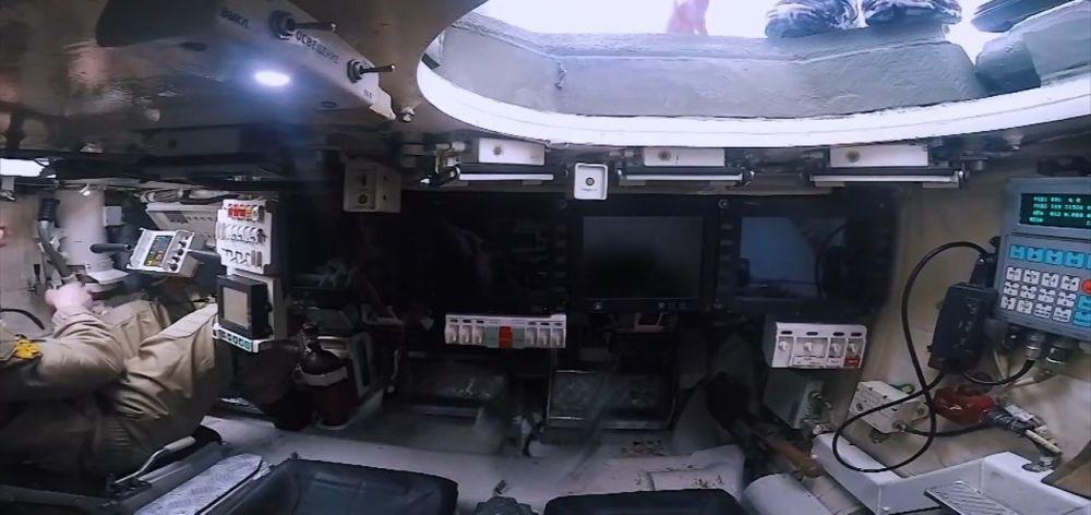 Cápsula da tripulação de tanque russo T-14 Armata