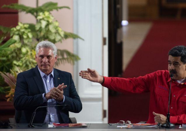 Miguel Díaz-Canel, presidente de Cuba, y Nicolás Maduro, presidente de Venezuela