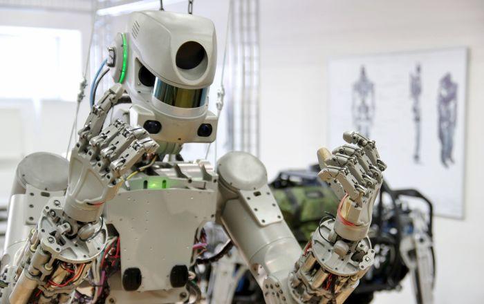La NASA espera que robots de Rusia y EEUU cooperen con el mismo éxito que tripulantes