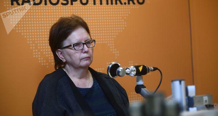 Vera Nikoláevna Sténina, madre del reportero gráfico ruso Andréi Stenin asesinado en Ucrania