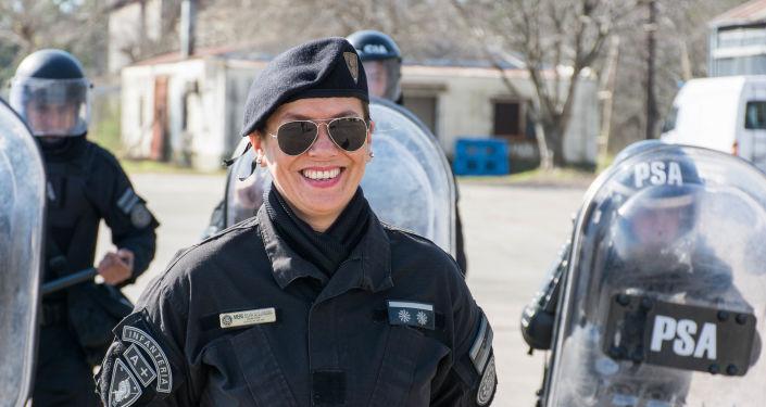 La inspectora Silvia Alejandra Miers, asignada como responsable de la Guardia de Infantería Aeroportuaria (GIA)