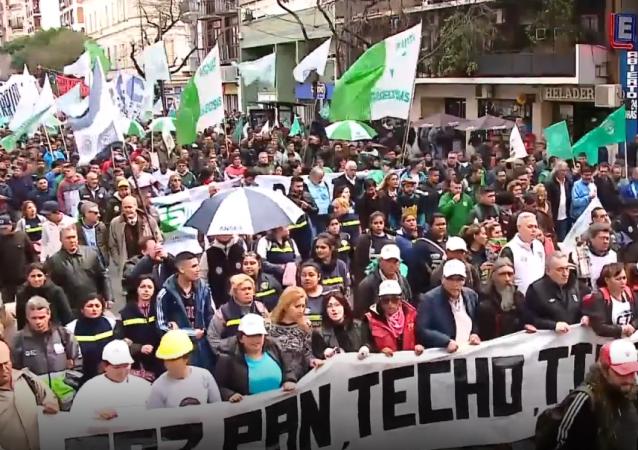 Los sindicatos se movilizan contra el Gobierno de Argentina