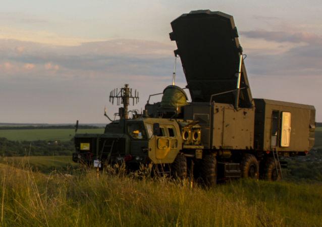 Uso del radar durante los ejercicios del S-300 (archivo)