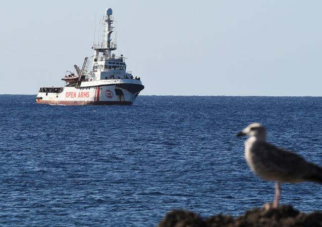 El barco de rescate Open Arms