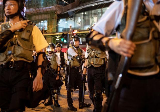 Policía en Hong Kong