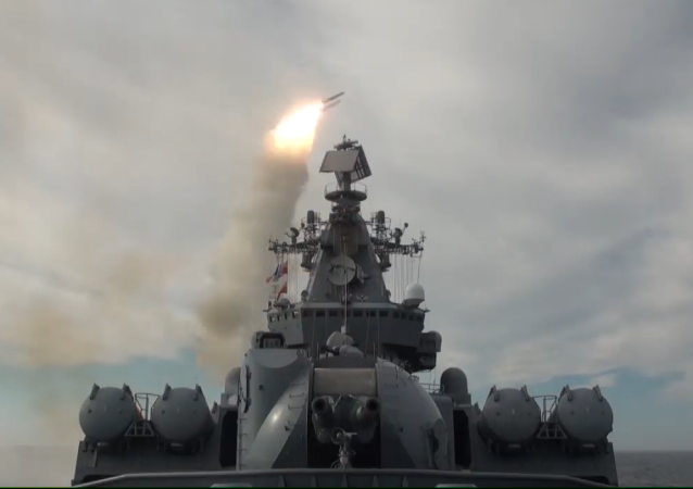 Así repele el ataque enemigo la Flota del Pacífico de Rusia