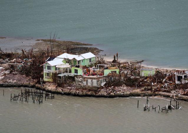 Las consecuencias tras el paso del huracán Dorian