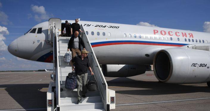 Los participantes del canje de prisioneros entre Rusia y Ucrania