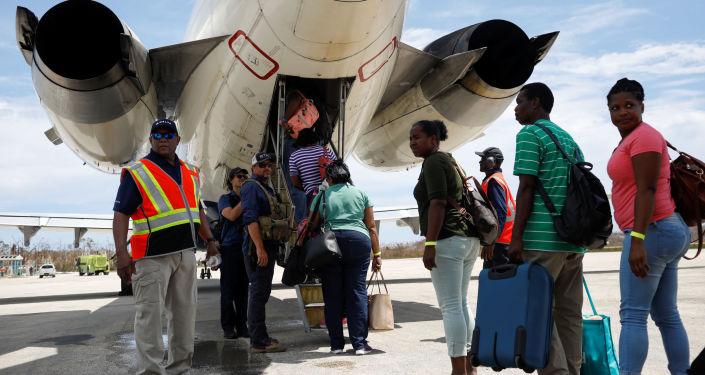 Evacuacion en Bahamas