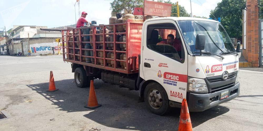 Camión de la empresa de propiedad social directa comunal gas de Antímano, Caracas, Venezuela